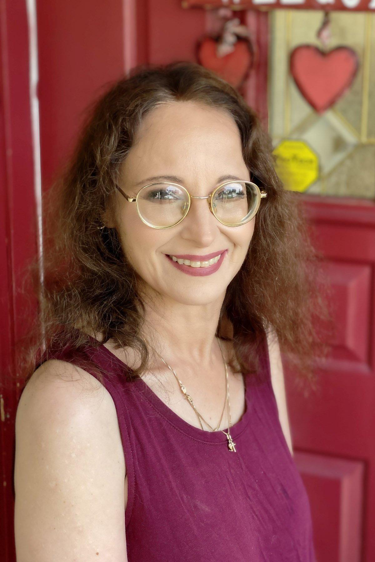 Veronica Valiensi, LPC